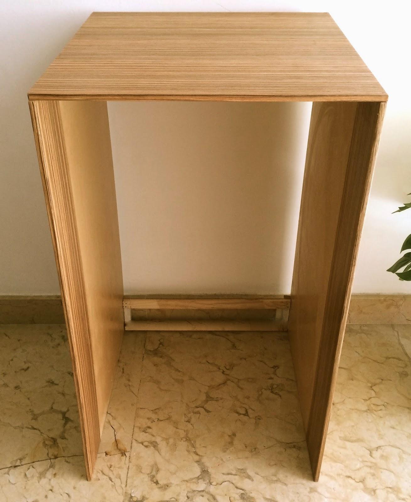 mesa minibar