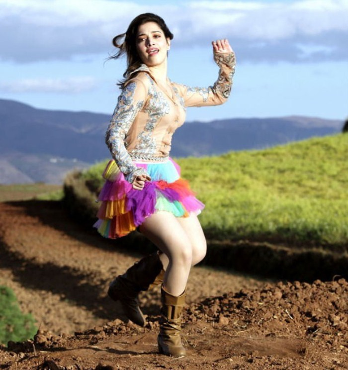 tamanna - racha still - Tamanna HOT PICS in MINISKIRT. brand NEW!!!