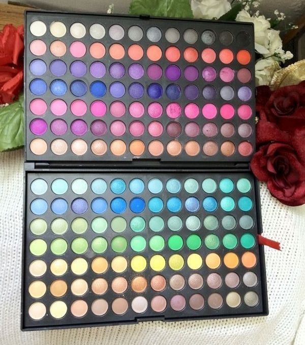 168 Pro Full Color Eyeshadow Palette from Sedona Lace