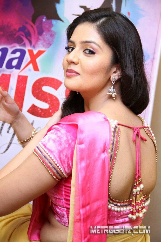 Actress Srimukhi Latest Cute Hot Pink Saree Navel Spicy Photoshoot ...