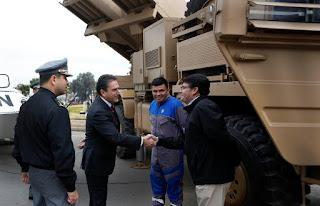 http://www.defensa.cl/destacados/ministro-de-defensa-visita-la-expomil/