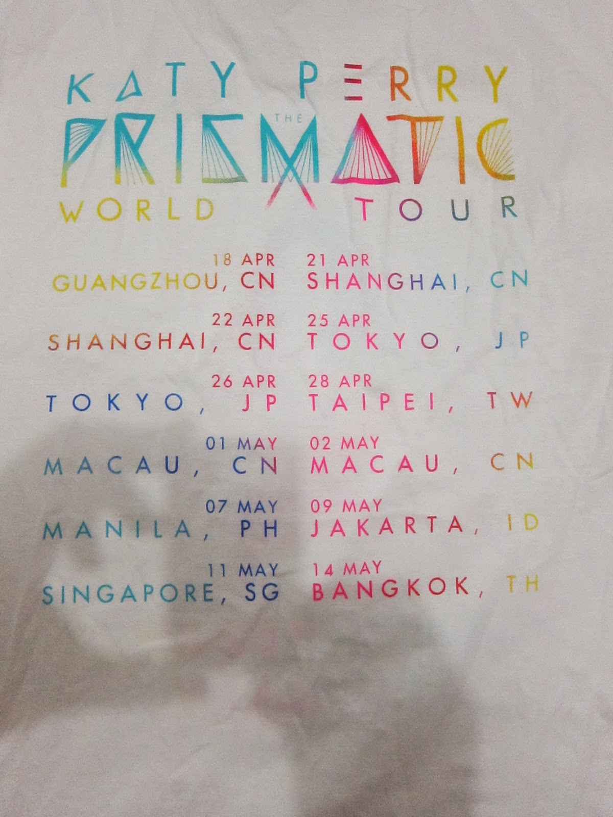 The coloring book tour setlist - Katy Perry Prismatic World Tour 2015 In Manila Love The Souvenir And Merchandise Items