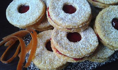 Ciasteczka marchwiowe z dżemem