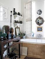 Artystycznie zaaranżowana łazienka dekoracje i sztuka w łazience