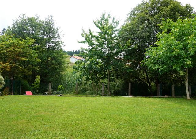 casa Bilbao con jardín