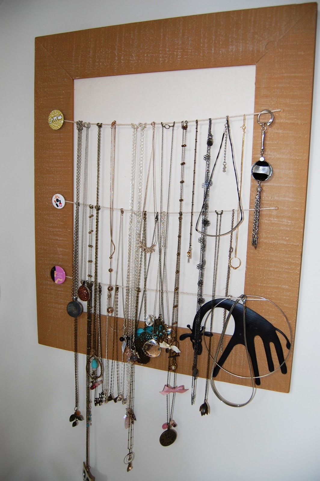 pellmell cr ations organiser ses bijoux. Black Bedroom Furniture Sets. Home Design Ideas