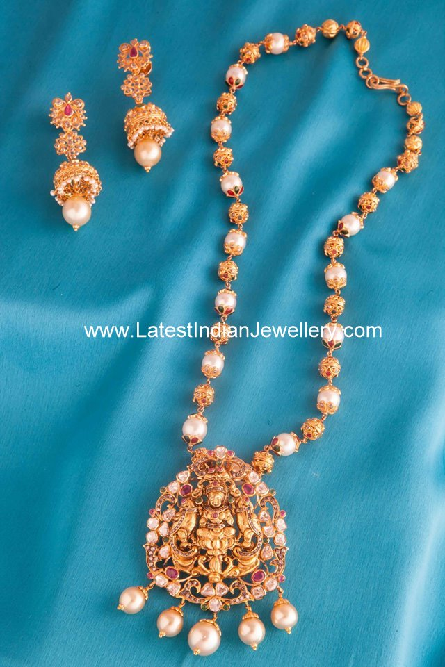 Pearl Beads Lakshmi Uncut Haram