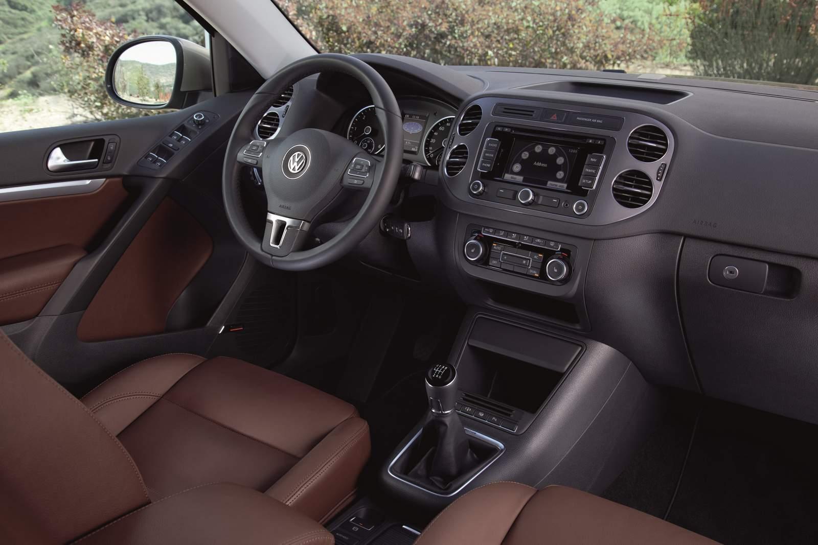 Volkswagen tiguan 2016 recebe melhorias na europa car for Interieur tiguan 2017