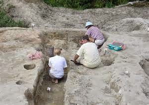 Olive Tree Genealogy Blog: Oldest house in Britain discovered to be 11,500 years old
