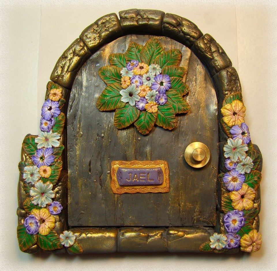 Jael 39 s art jewels blog fairy doors for The works fairy door