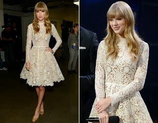 Taylor Swift com vestido de renda.