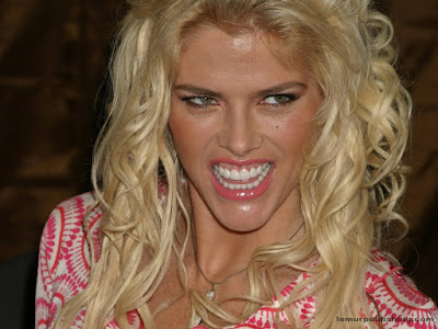 Anna Nicole Smith Wallpaper