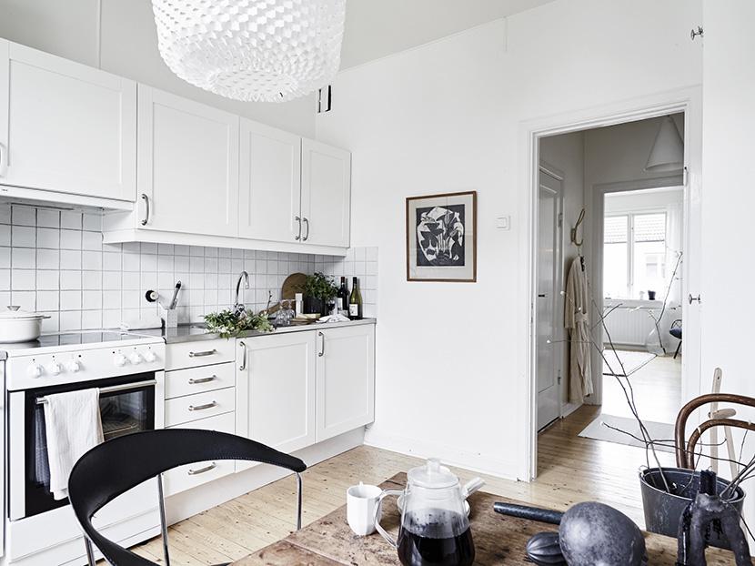 apartamento-nordico-blanco-gris-cocina-02