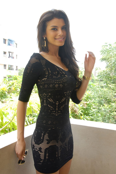 gabriela bartante at dcm press meet unseen pics