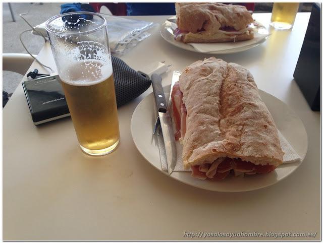 Bocadillo de jamón y caña de cerveza