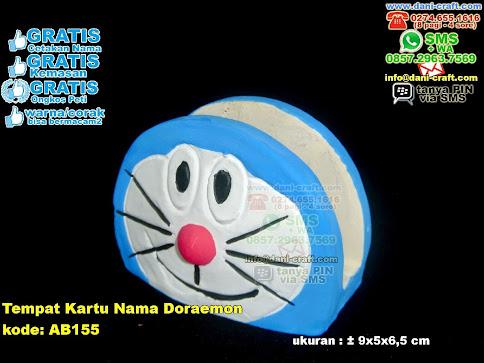 Tempat Kartu Nama Doraemon