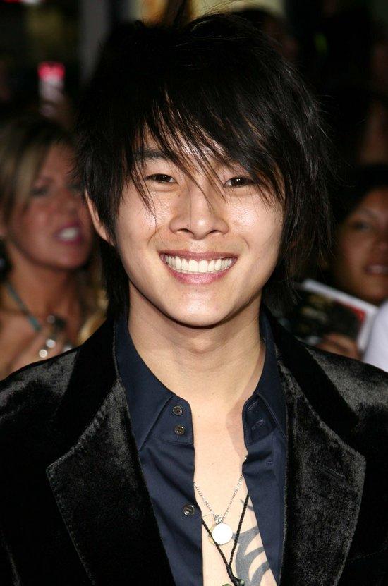 Justin Chon Hairstyle Men Hairstyles Men Hair Styles