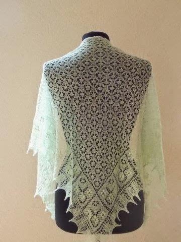 TE KOOP: licht mintgroene,  merino/silk stola.