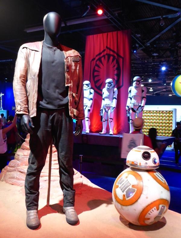 Finn costume BB-8 Star Wars Force Awakens