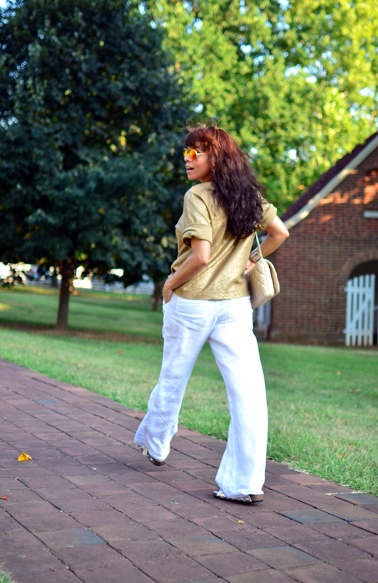 Outfit with white linen pants