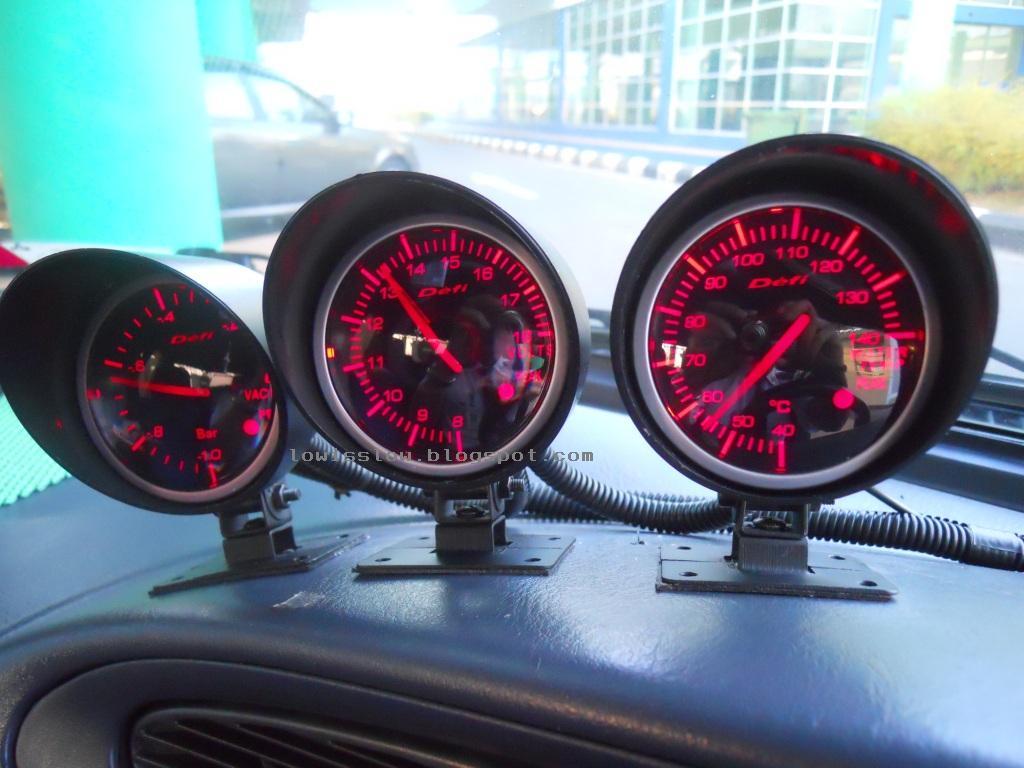 life with machine diy install defi bf gauge part 1 volt rh lowisslow com Amp Meter Wiring Diagram Volt Gauge Wiring