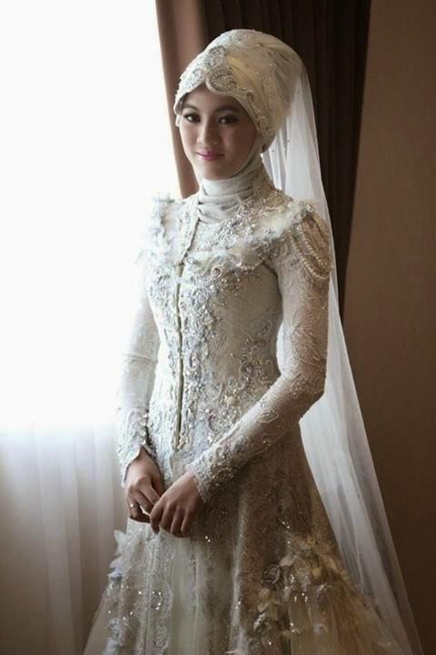 Gaya Berbusana Muslim Alyssa Soebandono - Kumpulan Model