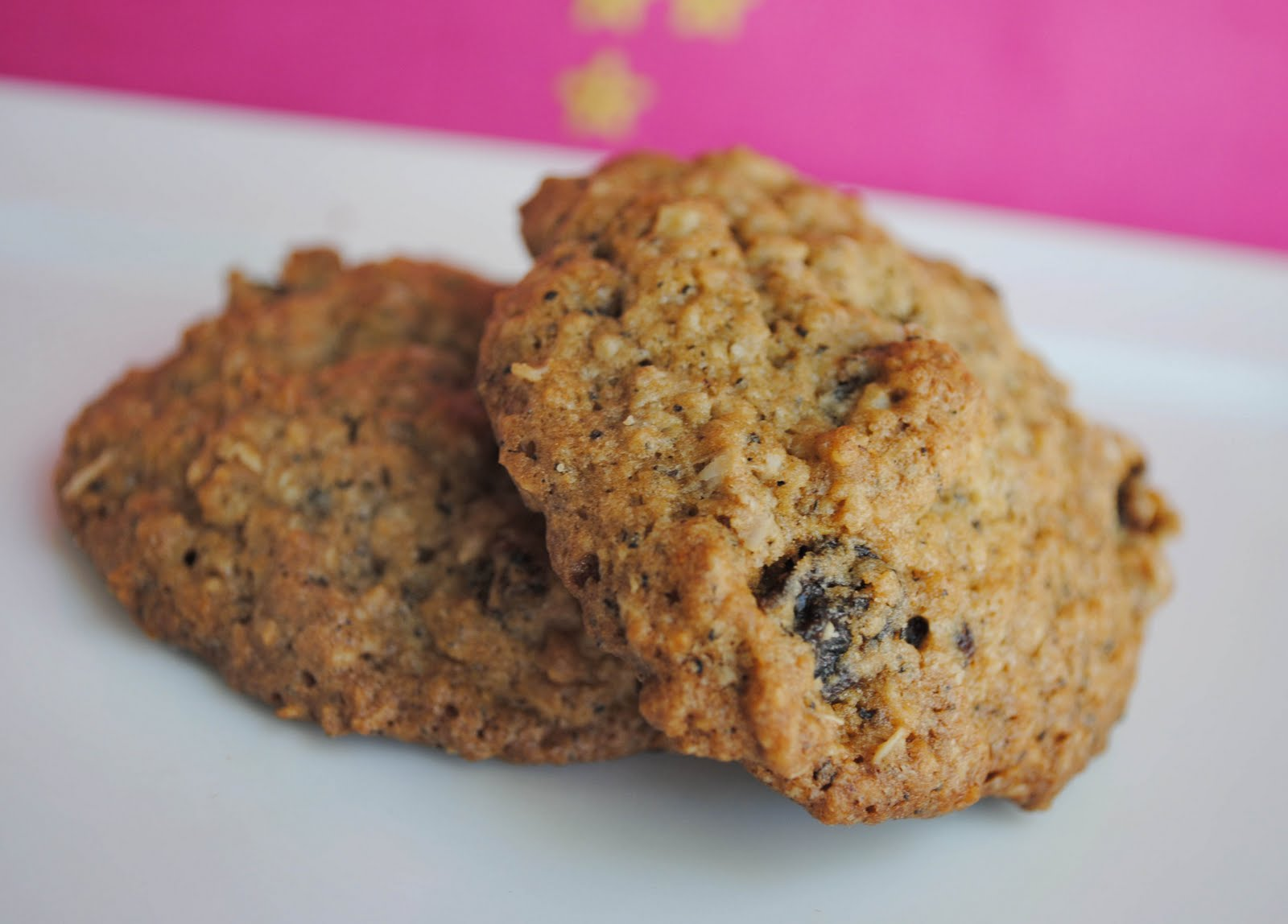 Chai Oatmeal Raisin Cookies Recipe — Dishmaps