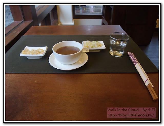 小菜與例湯