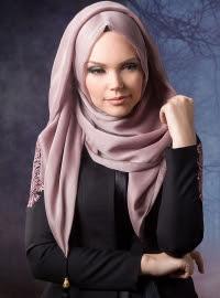 Gaya hijab stylish wanita muslimah masa kini