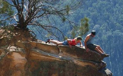 Foto-foto Ini Menakjubkan Sekaligus Membuat Keringat Dingin Bercucuran [ www.BlogApaAja.com ]