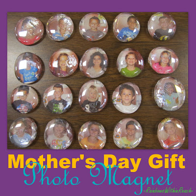 photo of: Photo Magnet for holiday gift giving: tutorial at RainbowsWithinReach