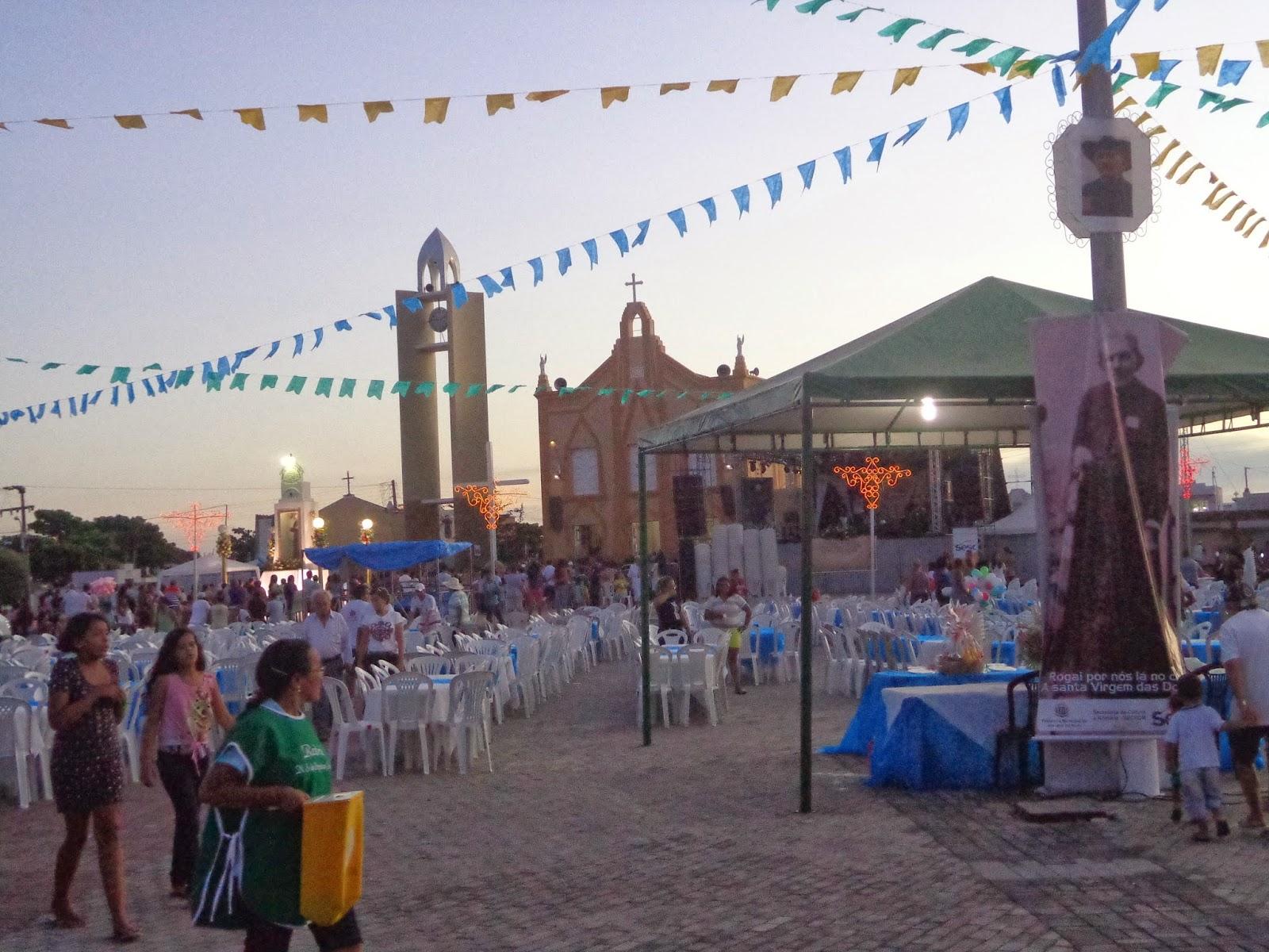Praça do Socorro decorada para os 170 anos de Pe. Cícero.