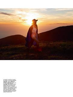إلسا هوسك في صور رائعة لمجلة Lui - أغسطس 2015