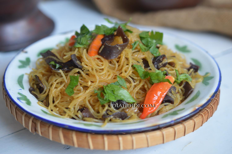 Diah Didi S Kitchen Semur Bihun Jagung Jamur Kuping