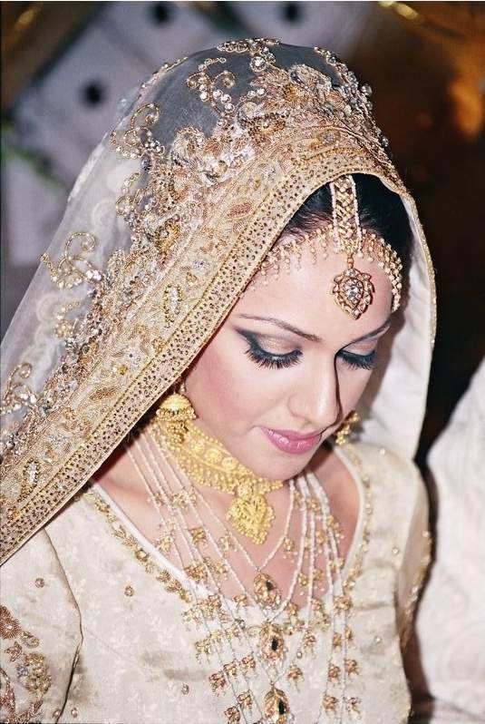 Pakistani Bridal Dresses Photos