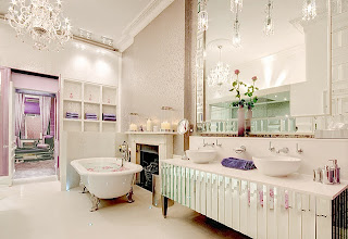 foto de espelho de banheiro