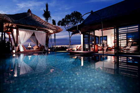 Indonesia attractions december 2011 for Bali indonesia hotels 5 star