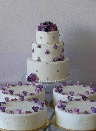 Looking for wedding cakes 2011 Here some awesome pictures thay could help