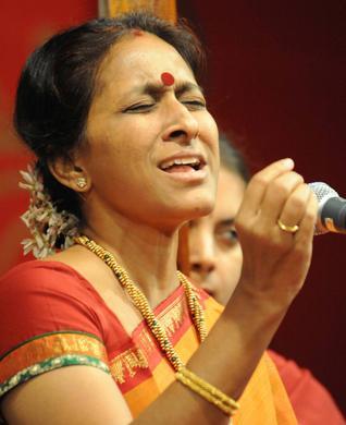 Dr. BOMBAY JAYASHRI RAMNATH- The Carnatic Vocal Recital ...