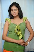 Hari Priya Glamorous Photo shoot gallery-thumbnail-2