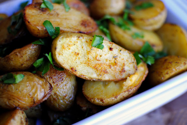 Roasted Cajun Seasoned Potatoes l SimplyScratch.com