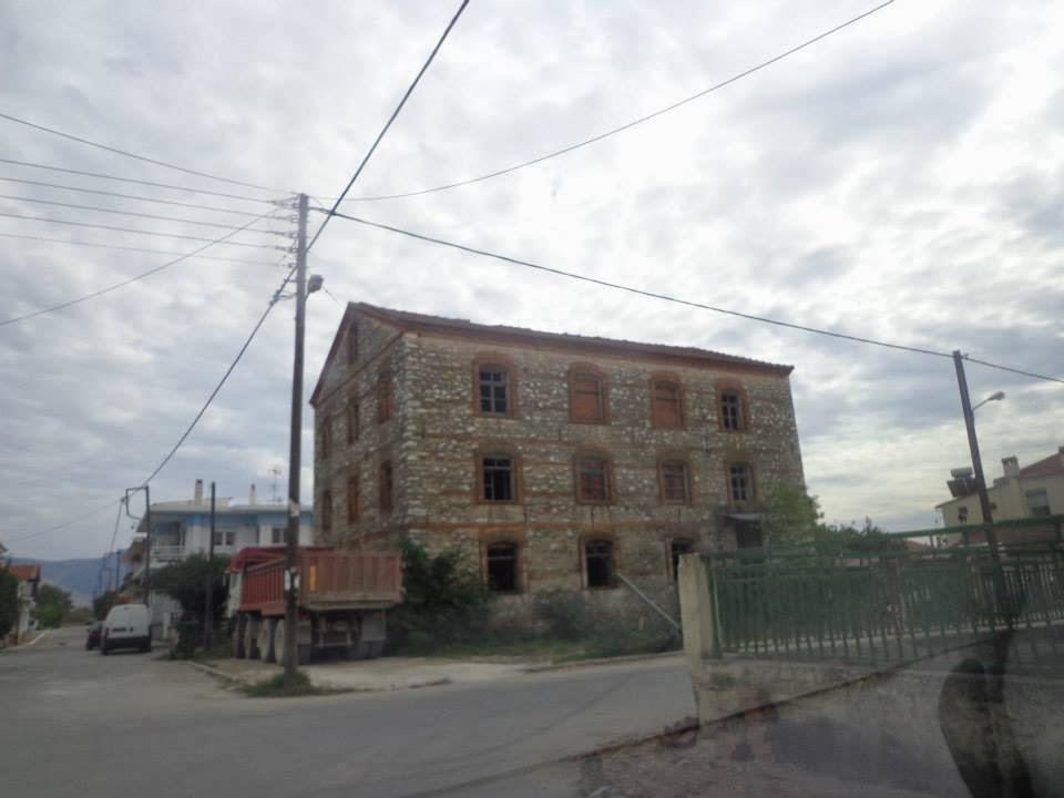 ΚΑΠΝΟΜΑΓΑΖΟ - ΟΔΟΣ Κ. ΚΑΡΑΜΑΝΛΗ