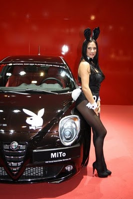 Alfa-Romeo-MiTo-with-Playboy-Bunny-Airbrush-2