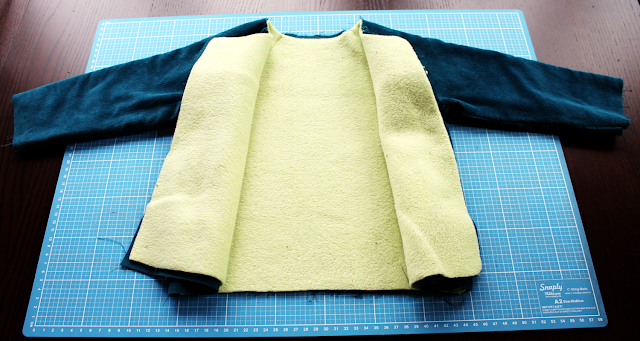 Herbstkind sew-along: innen Fleece in hellgrün