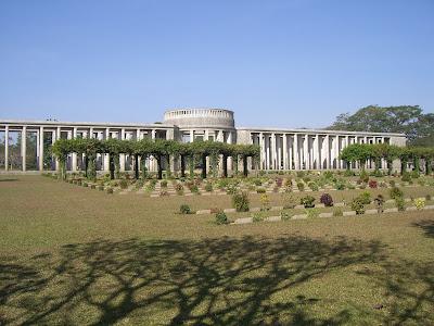 (Myanmar) – Yangon (Rangoon) - Htaukkyant war cemetery