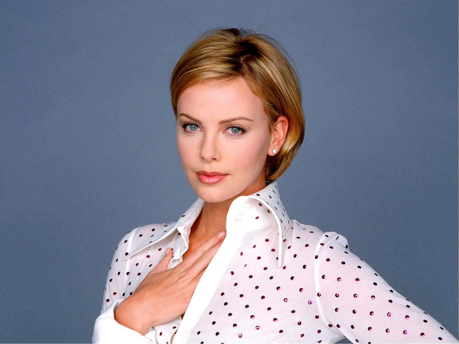 charlize theron movies ~ Crazy, funny and celebrities pictures Charlize Theron Movies