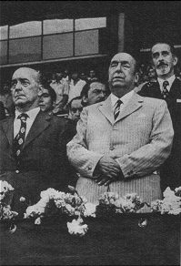 Neruda en su última aparición en público (1972).