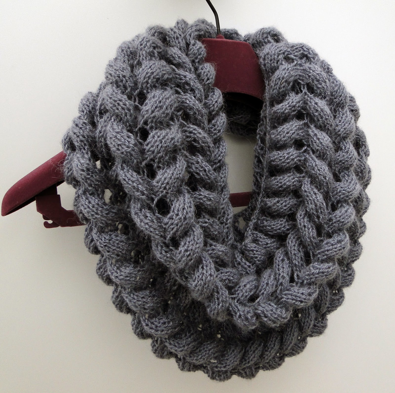Simple Knit Cowl Pattern : 3 Rabbits Patterns: Scarf Cowl Knitting Pattern