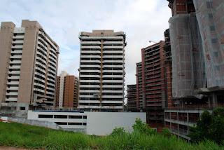 empreendimento imobiliário Alphaville, na Avenida Paralela (Salvador)