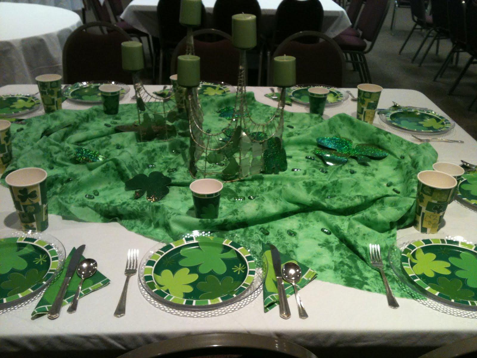 Make It Delightful St Patricks Day Table Decor